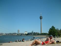 Playa Medienhafen Düsseldorf
